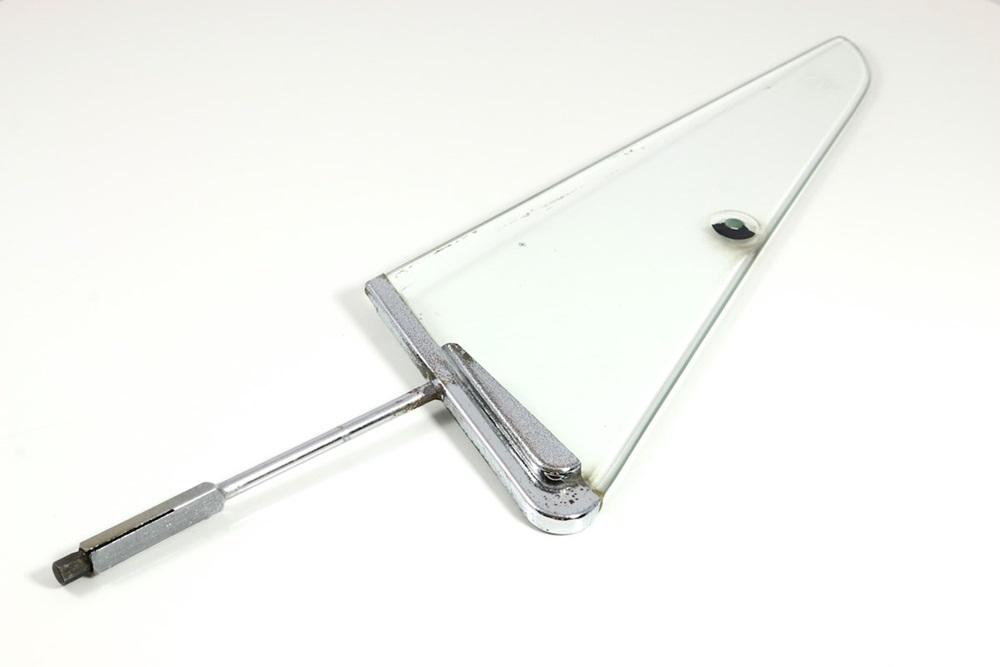 ausstellfenster mit rahmen klarglas rechts gebraucht. Black Bedroom Furniture Sets. Home Design Ideas