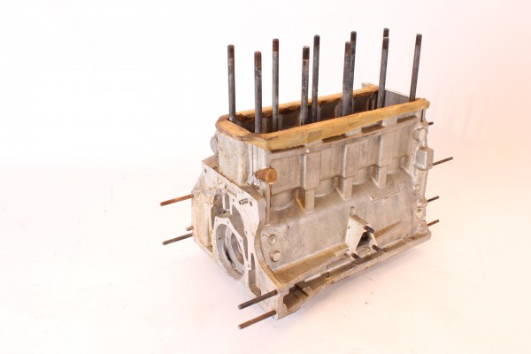 Kurbelgehäuse Motorblock 1750 cc NEU Alfa 105er 1750 !!!!zweite Version, mit Ölfilterpatrone am Sti